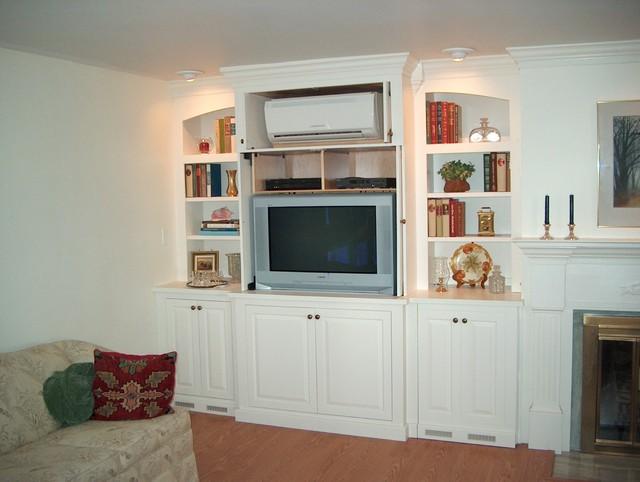 Danigelis Media Center Traditional Living Room Burlington By HomeComi