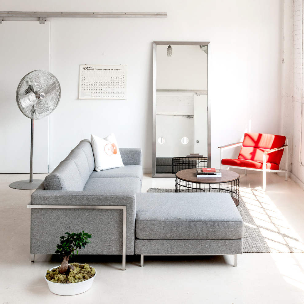 Minimalist living room photo in Atlanta