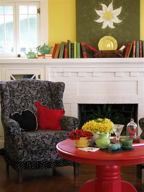 Colorful Cottage Decorating Ideas In Red Yellow Blue Black