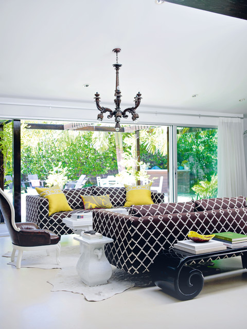 Decorate by Holly Becker and Joanna Copestick contemporary-living-room