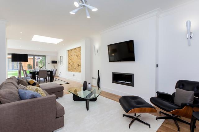 Development SW13 - London transitional-family-room
