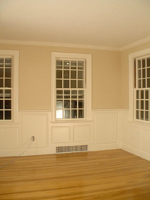 Dining room wainscoting craftsman living room new for Arts and crafts wainscoting