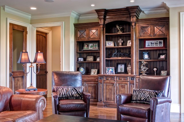 dixon custom cabinets living room other by triad real estate photography. Black Bedroom Furniture Sets. Home Design Ideas
