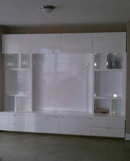 Downtown Chicago High Gloss White Modern Built In Storage