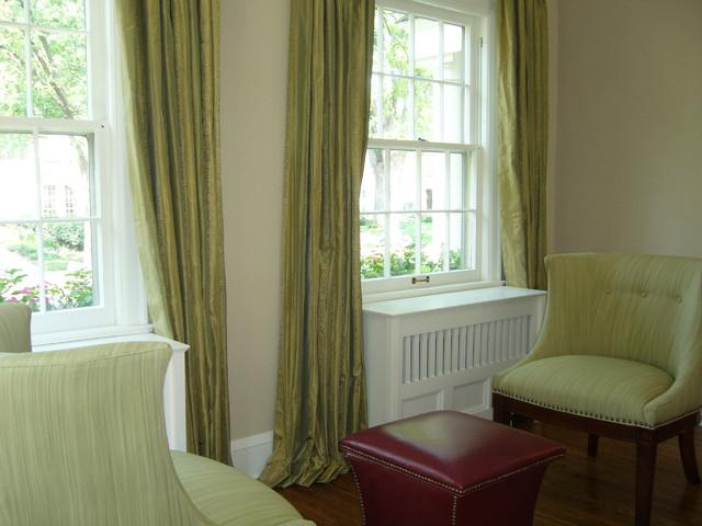 Drexel Avenue 2 Residence Living Room 5 traditional-living-room