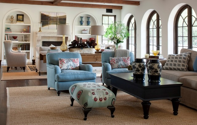 Dual Living/Family room - Traditional - Living Room - Los ...