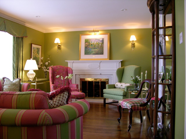 East End Ottawa English Country Living Room - Traditional ...