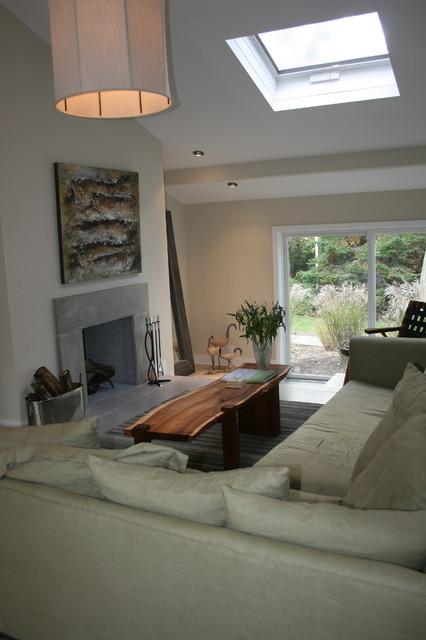 East Hampton beach house contemporary-living-room
