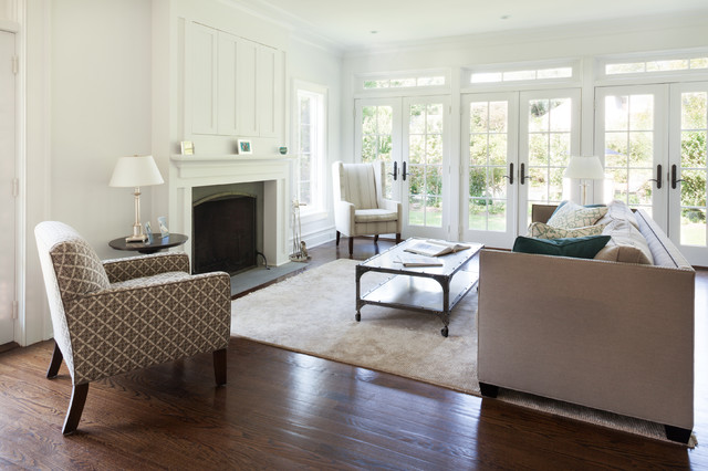 east hampton beach house coastal living room - Living Room East Hampton