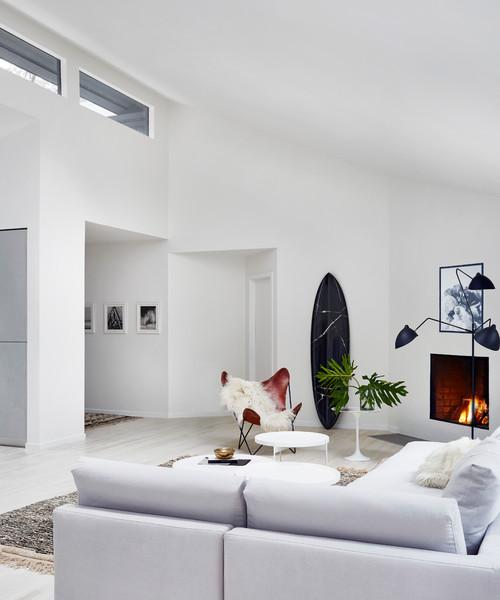 Un tono de lujo para una salón moderno y blanco