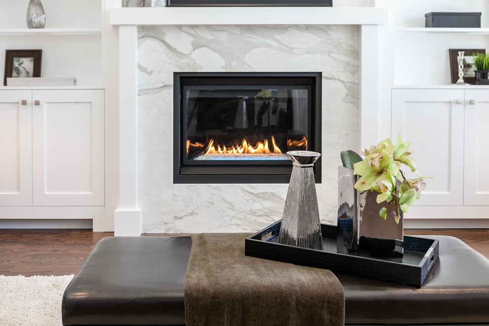 Inspiration for a transitional living room remodel in Toronto