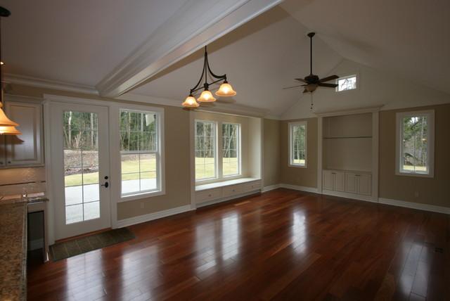 Echo Ridge traditional-living-room