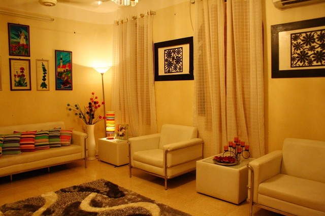 Eclectic style traditional living room for Traditional eclectic living rooms