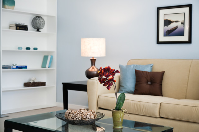 Eddy St. Home Staging contemporary-living-room