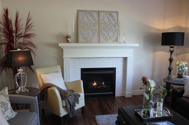 Elegance Style Line modern-living-room