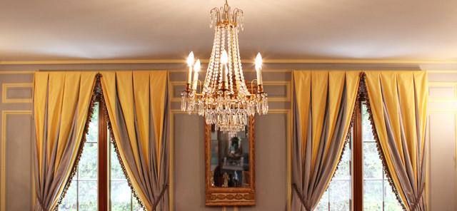 Elegant Gustavian Swedish Living Room traditional-living-room