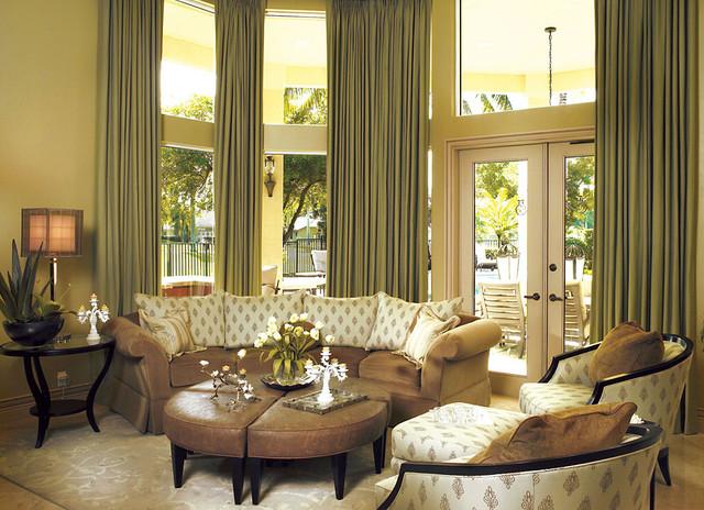 Elegant living l a estate traditional living room for Elegant traditional living rooms