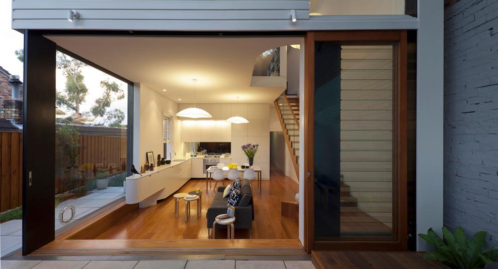 Contemporary living room in Sydney.