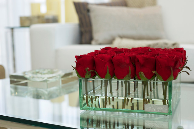 Emilio Robba Roses In Square Glass Vase Living Room Miami By