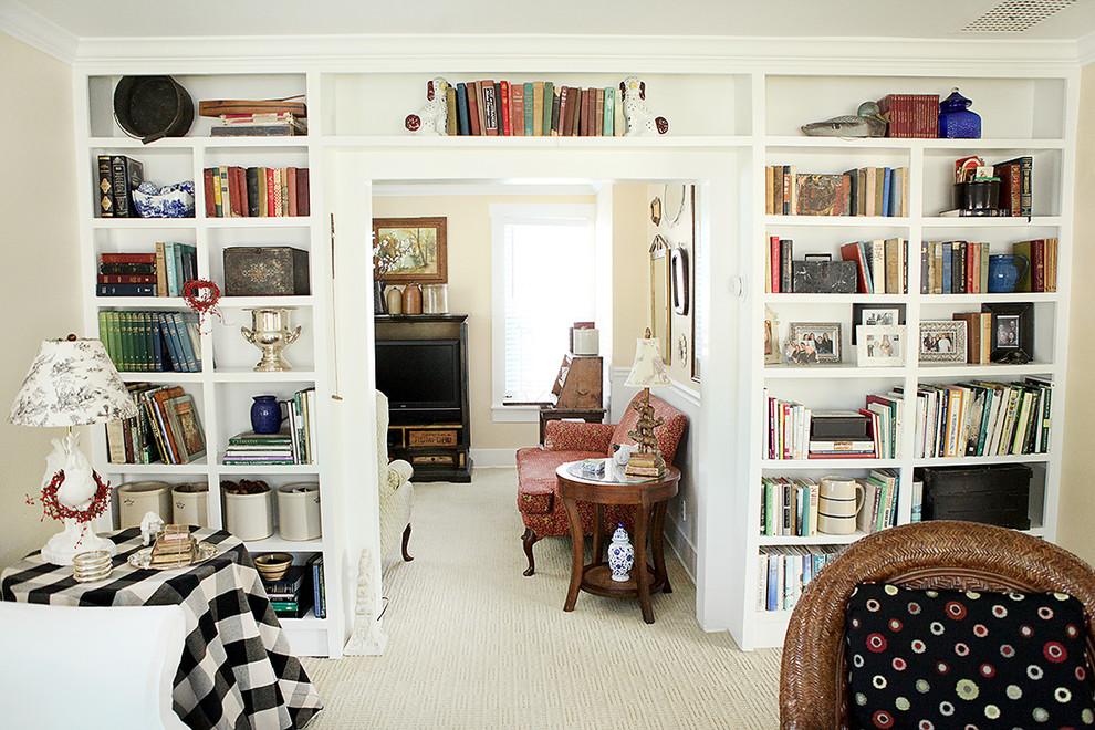 Elegant living room library photo in Columbus