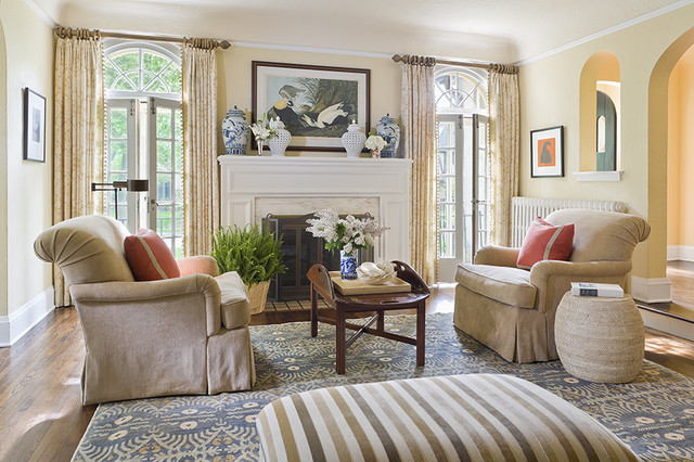 English Colonial Traditional Living Room