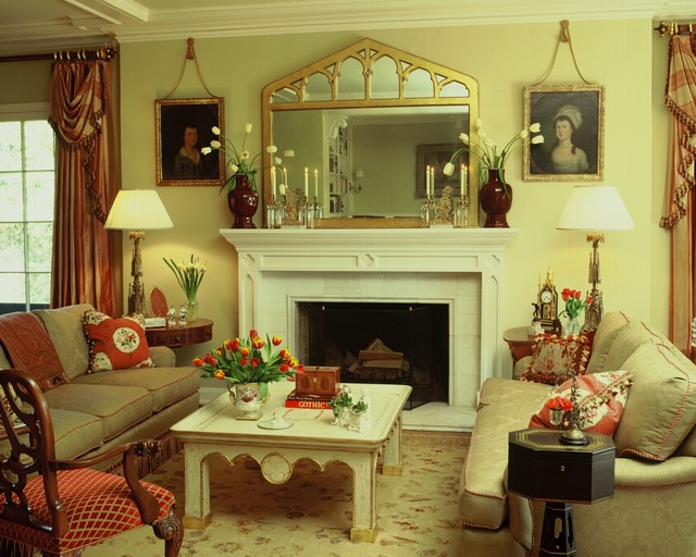 English Style Estate Traditional Living Room Los