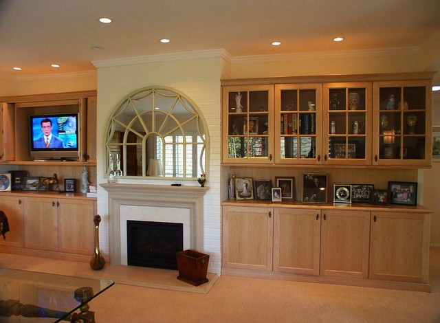 Entertainment Center and Wall Unit traditional-living-room
