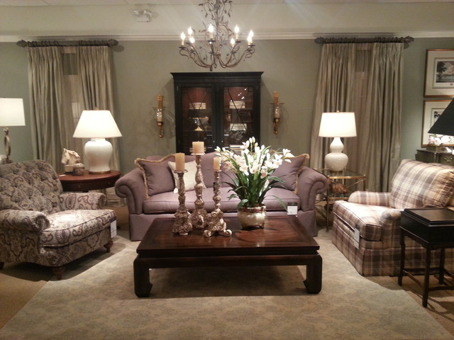 Ethan allen showroom for Ethan allen living room designs