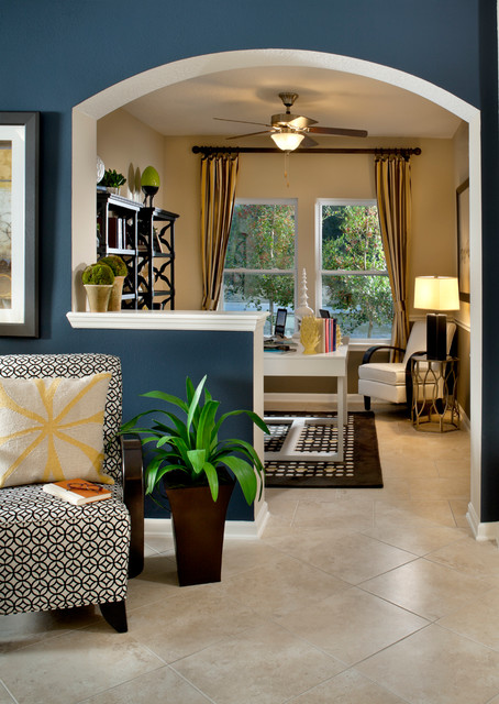 Evandale Traditional Living Room Jacksonville By