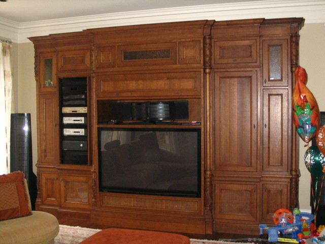 Examples of quality work Assyrian Star Construction does traditional-living-room