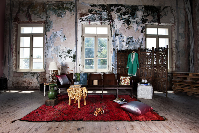 Fall Editorial - Beautiful Decay eclectic living room