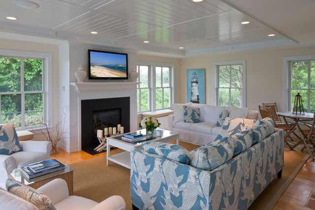Family style beach house traditional living room for Traditional beach house designs