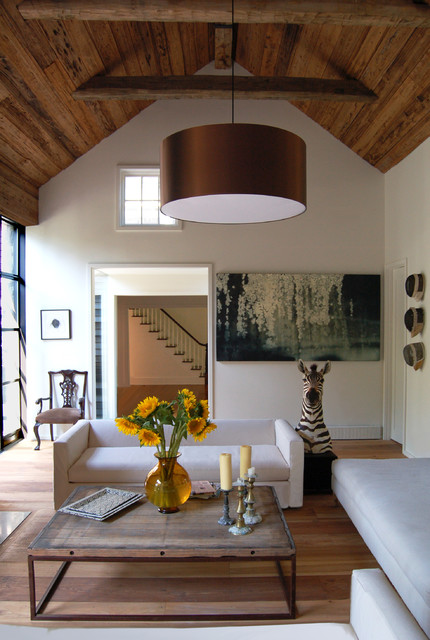 Farmhouse, Shelter Island industrial living room