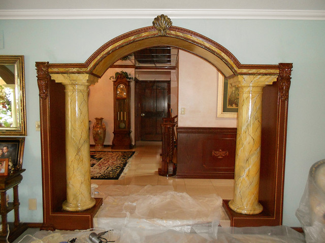 Faux marble siena columns traditional living room for Family room columns