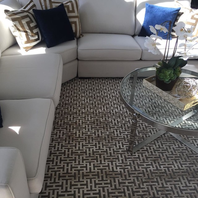 Faux Silk High/Low Pile Area Rug in