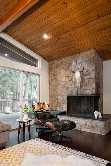 Fig. Studio Architecture + Interiors midcentury-living-room