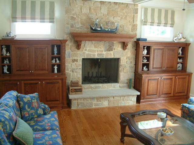 FIREPLACE MANTELS & SURROUNDS traditional-living-room