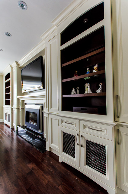 Fireplace/ TV wall unit traditional-living-room