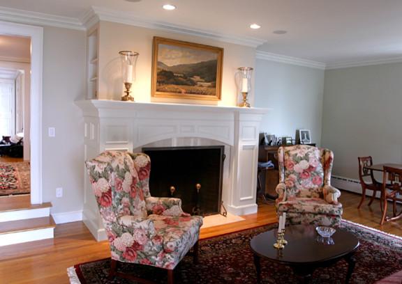 Foreside Renovation traditional-living-room