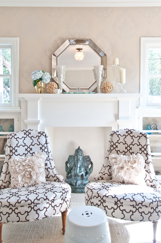 Inspiration for a timeless living room remodel in Austin with beige walls