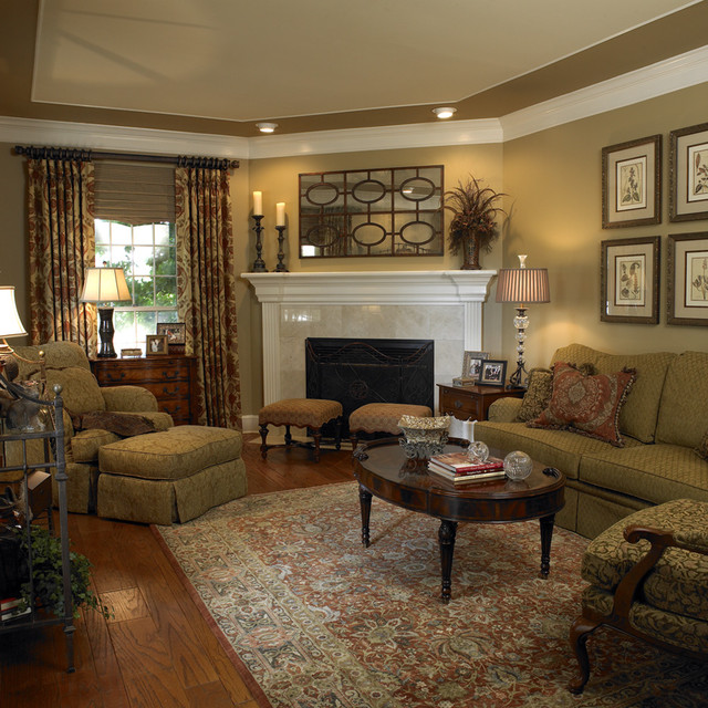 Very Best Traditional Living Room with Corner Fireplace 640 x 640 · 153 kB · jpeg