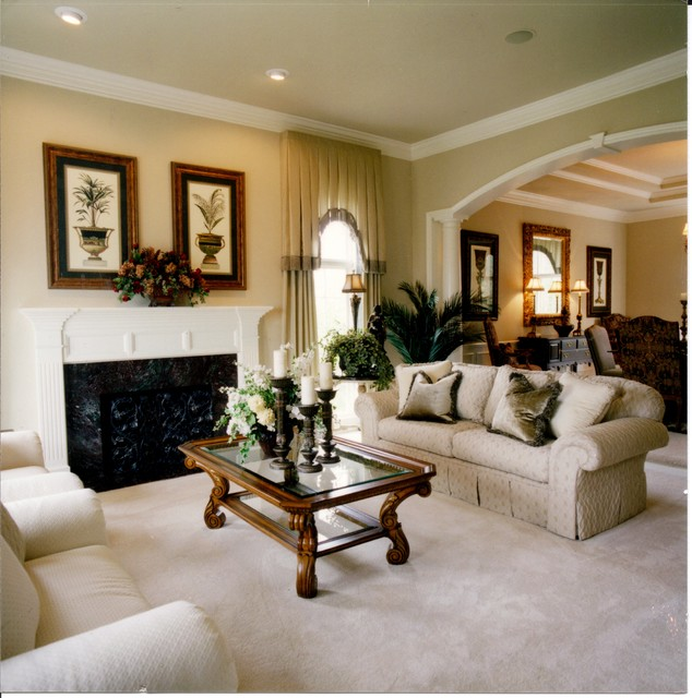 Formal traditional traditional living room detroit Formal living room ideas