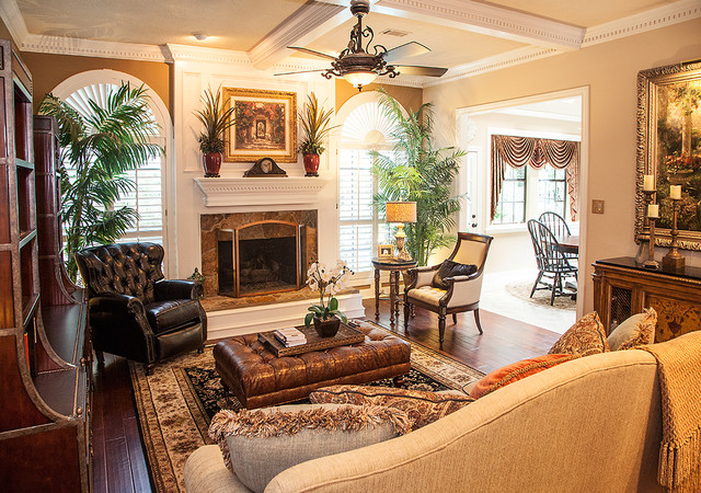 Formal Traditional Living Room by Star Furniture in