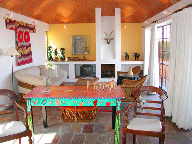 mexican style decorating ideas as well latin interiors using mexican - Mexican Interior Design Ideas