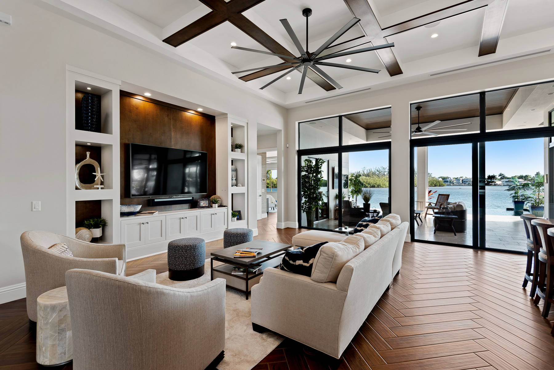 75 Beautiful Built In Entertainment Center Pictures Ideas Houzz