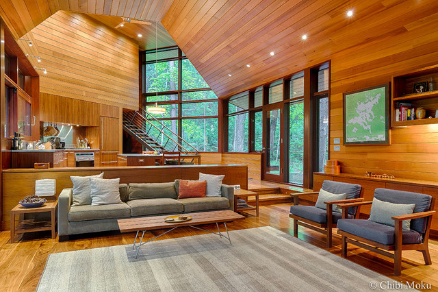 Frank Lloyd Wright Inspired Lakeside Home Modern Living Room