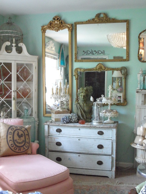 Frenchy Bright Living Room Shabby Chic Style