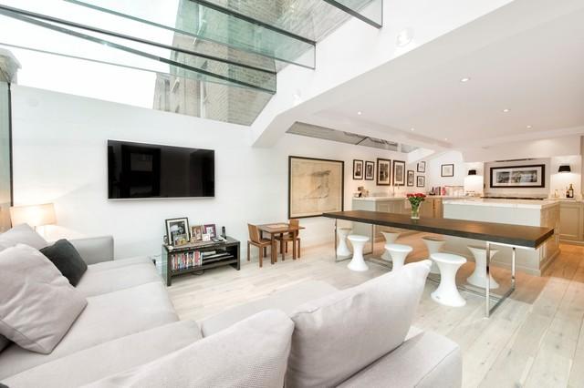 From Traditional Terrace to Amazing Glazing contemporaneo-soggiorno