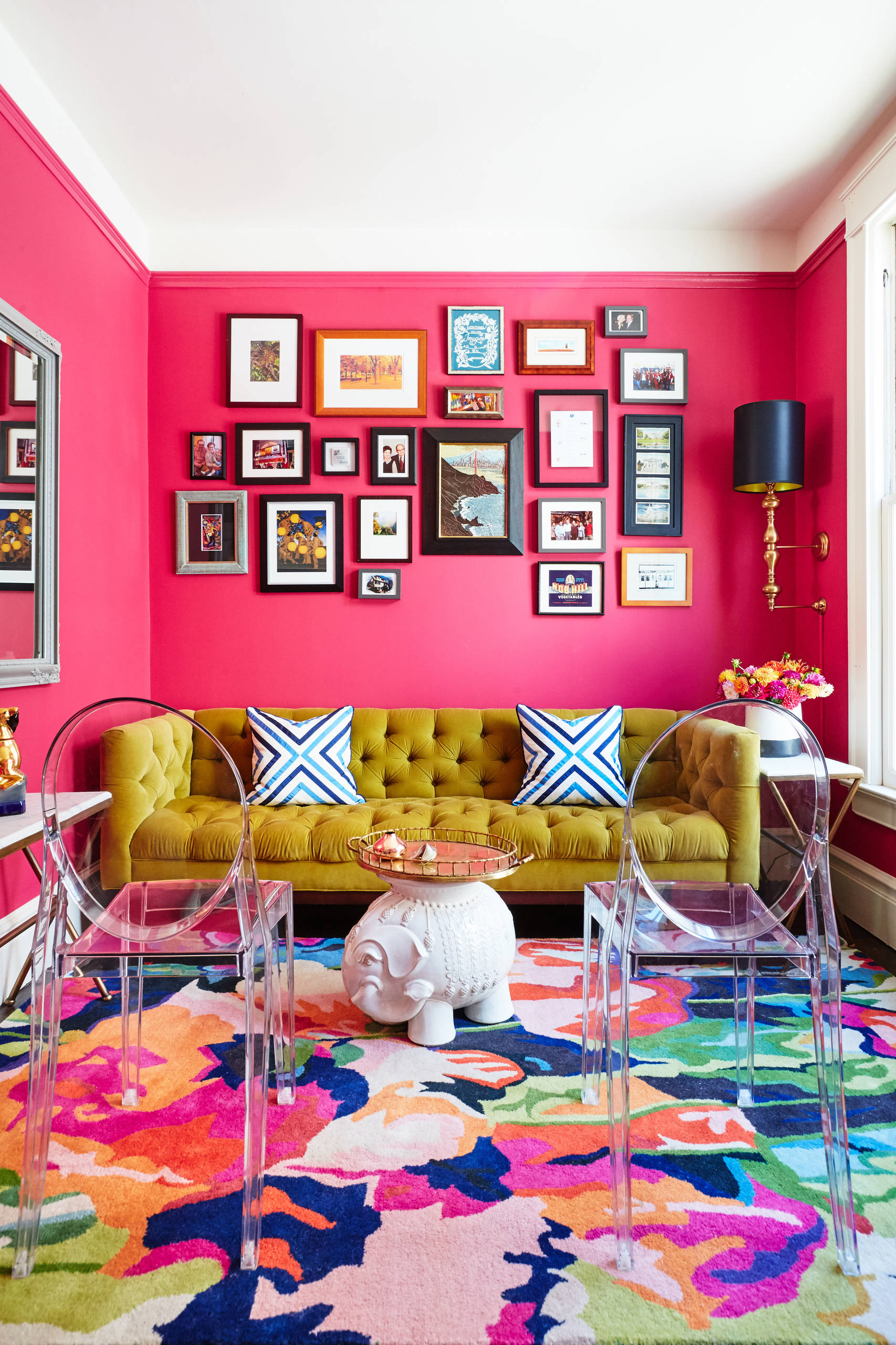 75 Beautiful Living Room With Pink Walls Pictures Ideas May 2021 Houzz