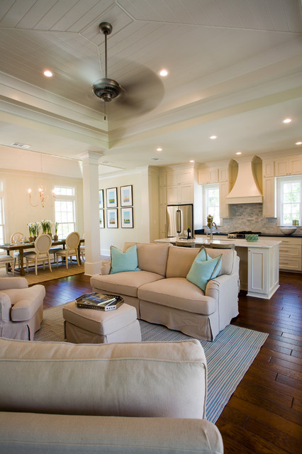 Functional Kitchen with Soothing Colors traditional-kitchen